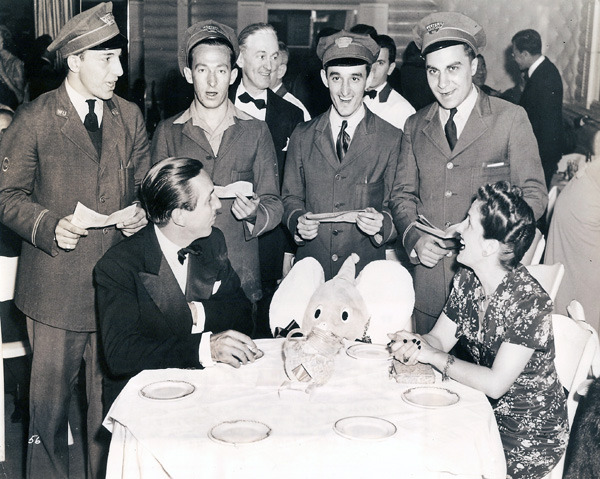 Dumbo_1941_Walt_Disney